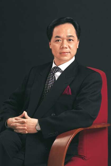 奚晏平(中国旅游饭店业协会顾问、中国名酒